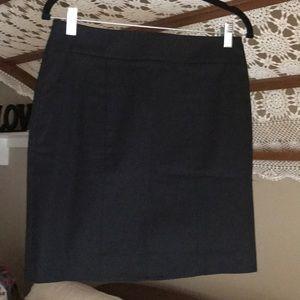 Ann Taylor black stretch straight skirt-new-size 2